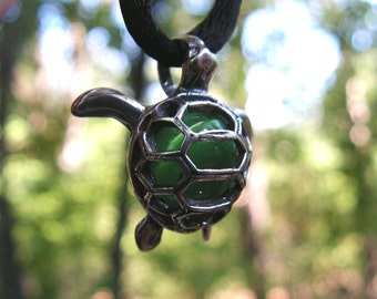 Sterling Silver Sea Turtle Pendant With Aventurine