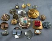 Big Lot of Vintage Metal Buttons Flowers Deco Filigree & BeJeweled