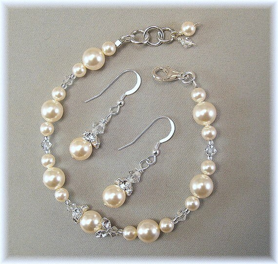 Cream Pearl and Swarovski Crystal Bridesmaid Bracelet and Earring Set, Jewelry Sets