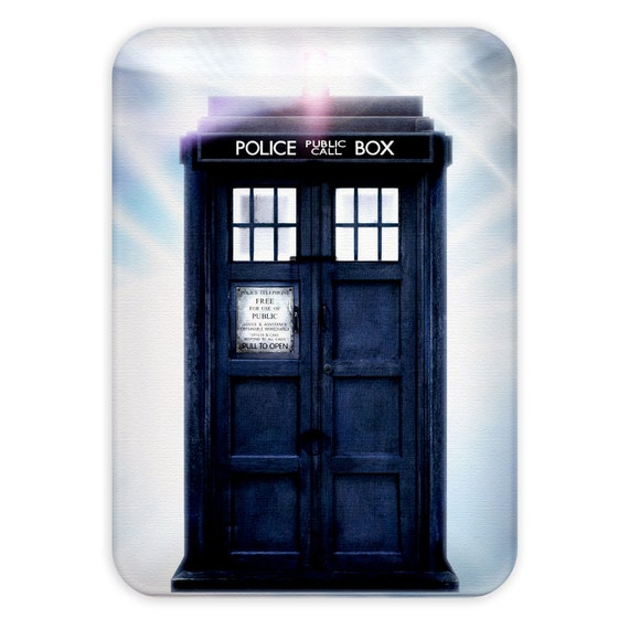 Light switch plate doctor who tardis by kitty in by for Tardis light switch cover
