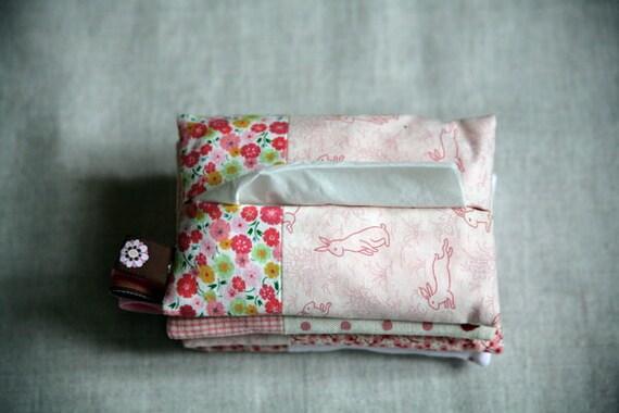Tissue Hugger - pink bunnies