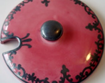 Supplies - Mosaic- Pieces- MagentaFocal Piece  - Foca Piece - Beautiful - China - Round Lid - Magenta - Black Lace -  Vintage Tessre ra