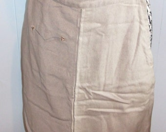 1950's Gray Wool Pencil Skirt with Fancy Front Pocket - S Was 30 now 15