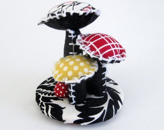 Fabric Mushroom Topiary / Home Decor / Handmade Floral Arrangement / Decorative Arts / Fabric Flowers / Mushrooms