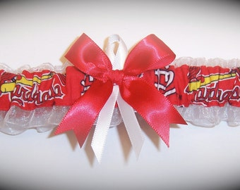 Saint Louis Cardinals Wedding Garter     Handmade  St.  Toss   Bridal rw1