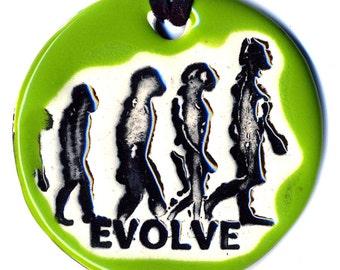 Evolve Ceramic Necklace in Green