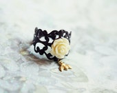 The bees garden - delicate floral ring / vintage, whimsical, shabby chic  inspired jewelry
