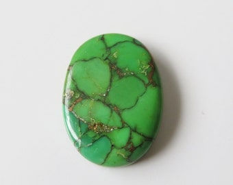 Mojave Green Turquoise - Oval Cabochon, 23.55 cts - 21x28 (MT101)