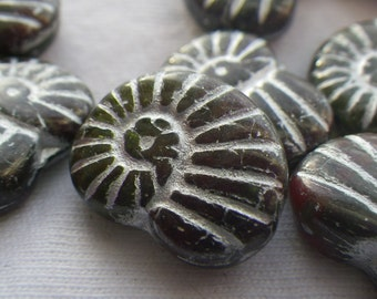 Red Mix with Silver Wash 17x13mm Glass Nautilus Beads 10 Pcs