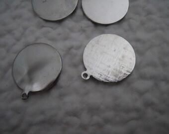 Vintage Silver Beaver Tails 19mm