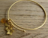 Spring bangle bracelet,brass bee charm, adjustable wire bangle, gold bangle, honey suckle, yellow, wedding jewelry, bracelet, bridesmaids