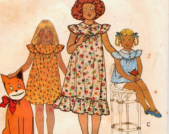 Vintage Sewing Pattern McCall's 6126 Little Orphan Annie Dress Or Top Size 8 Breast  27Complete