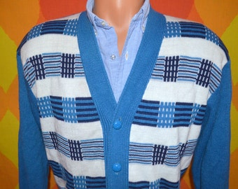 vintage 70s cardigan sweater graphic soft knit v-neck wood buttons grandpa Medium Large hipster preppy