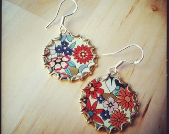 GERBERA Tea Tin Floral Earrings