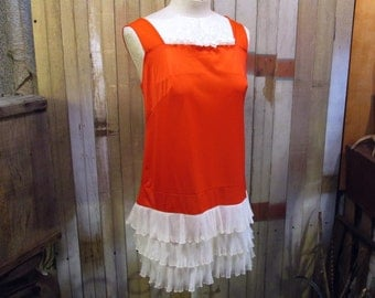 60s Red ruffled Babydoll Nightgown Vintage Red mini Nightgown White pleated Ruffles silky soft M L