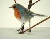Spring Robin Brooch Pin, Little Birdy Pin, Robin Redbreast Pin