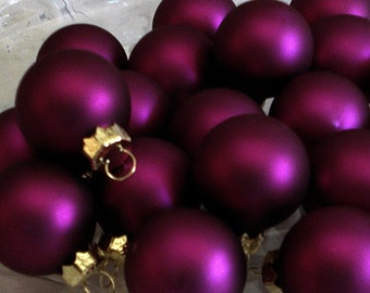 12 Deep Concord Grape Glass Ball Ornaments Easter Christmas Tree Decorations Holiday Crafts