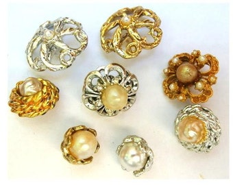 8 Vintage metal flower buttons with pearls, 8 designs