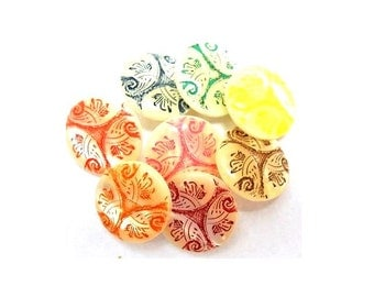 8 Vintage buttons, 8 colors on white base 15mm, suitable for button jewelry, sewing, crafts, clothing, scrapbooking