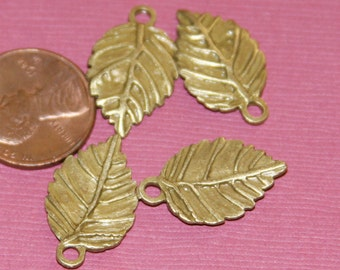 10 pcs of antique brass leaf drops, leaf pendant, leaf charm 13x19mm