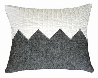 ModernLumbar Pillow - Lumbar Linen Zig