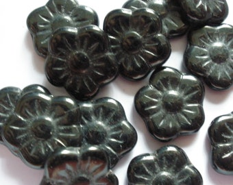 Vintage Glass Beads (8) Old Time Posy Flowers