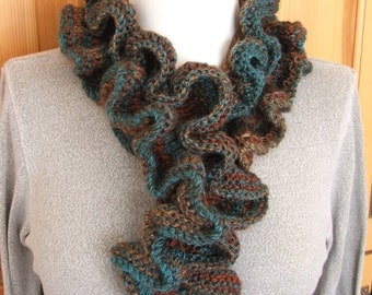 Flouncy Ruffle Edged Scarf PATTERN ONLY .pdf download