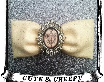 Pretty On The Inside Hair Clip