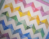 VINTAGE ZIG ZAG Quilt 1930s Fabrics in a Big Bold Design Perfect Gift for the New Baby