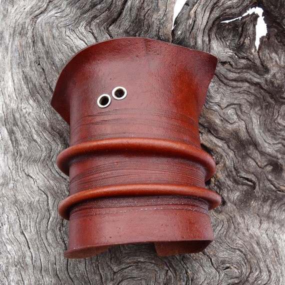 natural kangaroo leather cuff with silver features medium (19)