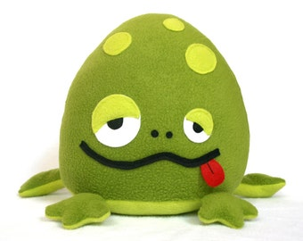 Bubbo the frog  Sewing pattern plush toy PDF