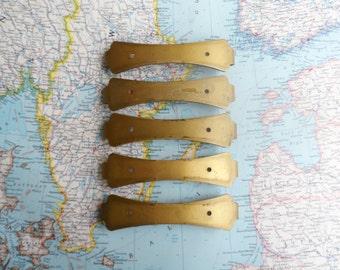 SALE! 5 vintage Art Deco goldtone metal handles