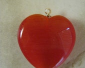 Red Puffy Cats Eye Heart Pendant