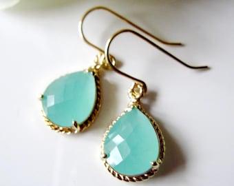 Mint Green Earrings, Opaque Aqua Earrings, Dangle Drops, Gold Rope Edge, Bridesmaid Earrings, Mint Green Wedding, Modern earrings