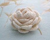 Crochet flower brooch, shawlpin, creme I909
