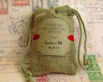Burlap wedding favor bags - Personalized - Thank you for celebrating with us - Wedding favors
