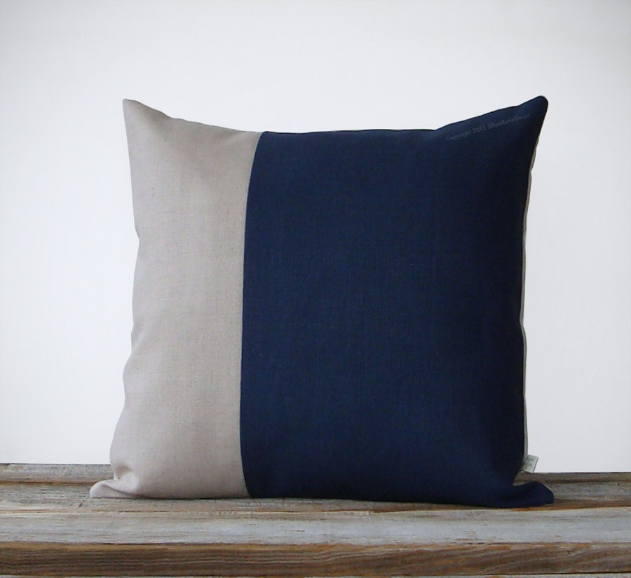 Minimal Color Block Decorative Pillow In Navy By