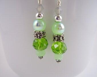 Green Earrings,Mint and Peridot Earrings, Green Faceted Glass Earrings, Drop and Dangle Earrings,Floral Green Earrings