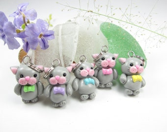 Cute Gray Cat Stitch Markers Set of 5, animal knitting accessories, cat charms, kitty kitten cat lover gift for her polymer clay knit pet