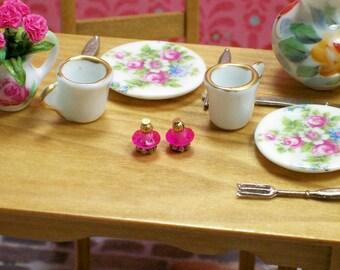 Gold Pink Salt Pepper Shakers 1:12 Dollhouse Miniatures Scale Artisan