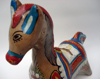SALE -- Vintage horse statue