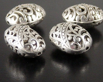 CLEARANCE REDUCED Bead Spacer 4 Antique Silver Puffy Round Oval Victorian 23mm x 18mm x 12mm (1090spa23s1)os