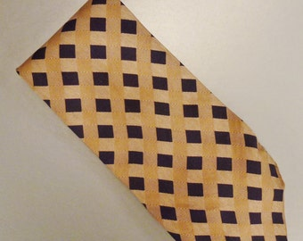Designer Gentleman UOMO  Neck TIE SILK Tweel circle squares  Design  1980s  Dead Stock  62 x 3plus in