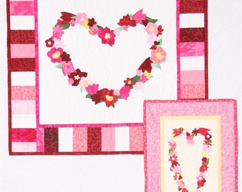 Last Two CLEARANCE PATTERN HEART Of Flowers Wall Hangings Fat Quarter Friendly