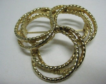 Gold Brooch Three Circle Vintage Pin