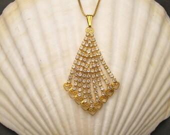 Vintage Rhinestone Pendant Necklace N5213