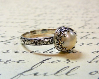Roxy Ring - Beautiful Gothic Vintage Sterling Silver Floral Band Ring with Creamy White Freshwater Pearl and Heart Bezel