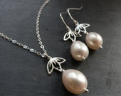 Pearl Bridal necklace and earrings SET, Freshwater pearl drop necklace with matching earrings, bridal jewelry, sterling silver