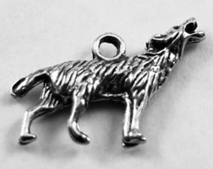 Double Sided Howling Wolf pendant  1 bail Australian Pewter AF561