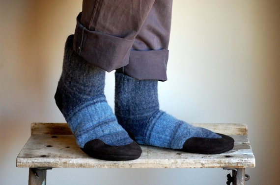 Mens Slipper Socks, Warm & Eco friendly, men size 10, women size 11, Evening Light